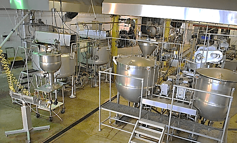 300-gal-agitated-jacketed-kettles